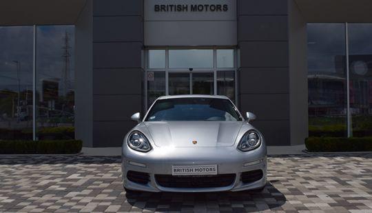 Porsche-Panamera-2013-3