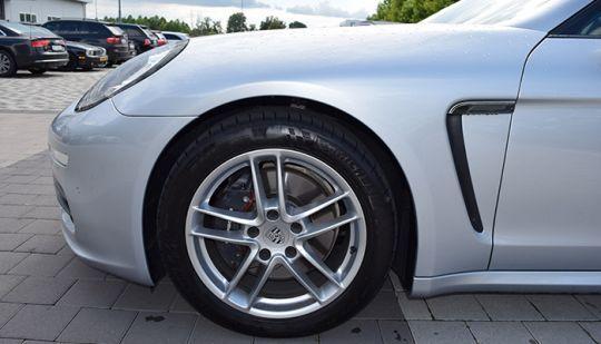 Porsche-Panamera-2013-6