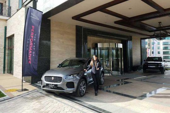 British-Motors-na-jubilarnom-XV-Forumu-hotelijera1