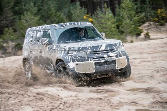 Na-Svetski-dan-Land-Rovera-novi-Defender-ulazi-u-završnu-fazu-testiranja-3