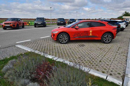 Predstavljen-novi-potpuno-električni-Jaguar-I-PACE-118