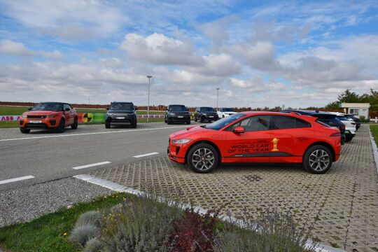 Predstavljen-novi-potpuno-električni-Jaguar-I-PACE-119