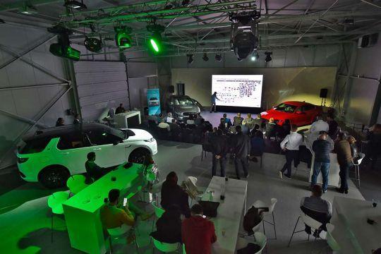 Predstavljen-novi-potpuno-električni-Jaguar-I-PACE-123
