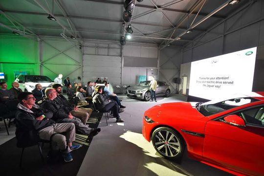 Predstavljen-novi-potpuno-električni-Jaguar-I-PACE-128