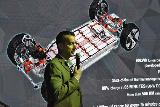 Predstavljen-novi-potpuno-električni-Jaguar-I-PACE-131