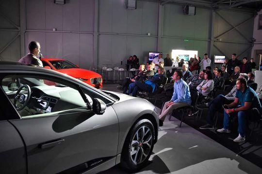 Predstavljen-novi-potpuno-električni-Jaguar-I-PACE-133