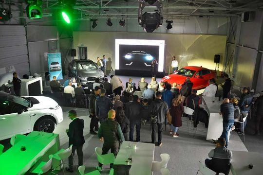 Predstavljen-novi-potpuno-električni-Jaguar-I-PACE-144