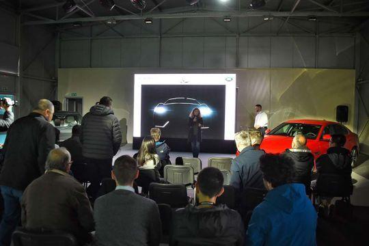 Predstavljen-novi-potpuno-električni-Jaguar-I-PACE-147