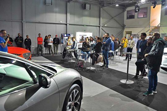 Predstavljen-novi-potpuno-električni-Jaguar-I-PACE-15