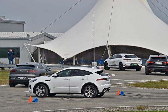 Predstavljen-novi-potpuno-električni-Jaguar-I-PACE-17