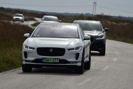 Predstavljen-novi-potpuno-električni-Jaguar-I-PACE-19