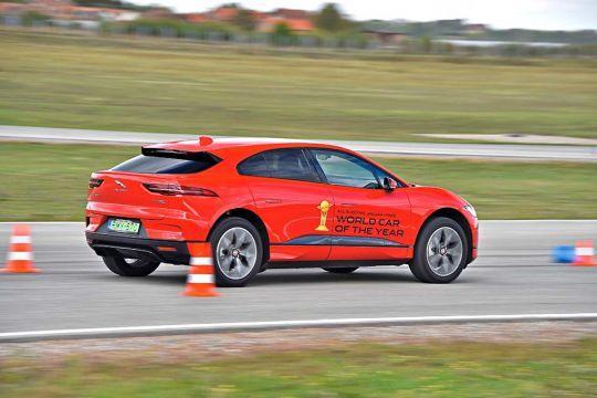Predstavljen-novi-potpuno-električni-Jaguar-I-PACE-31