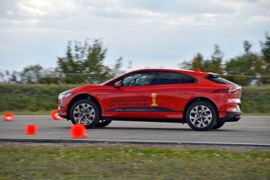 Predstavljen-novi-potpuno-električni-Jaguar-I-PACE-34