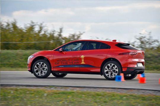Predstavljen-novi-potpuno-električni-Jaguar-I-PACE-36