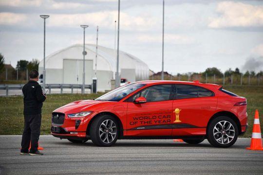 Predstavljen-novi-potpuno-električni-Jaguar-I-PACE-41
