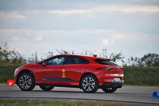 Predstavljen-novi-potpuno-električni-Jaguar-I-PACE-42