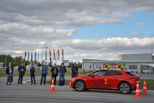 Predstavljen-novi-potpuno-električni-Jaguar-I-PACE-48