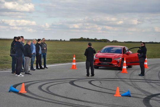 Predstavljen-novi-potpuno-električni-Jaguar-I-PACE-50