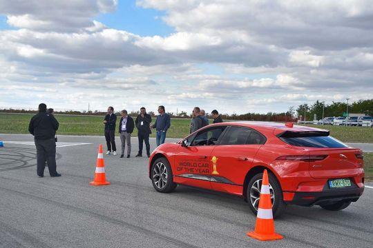 Predstavljen-novi-potpuno-električni-Jaguar-I-PACE-52