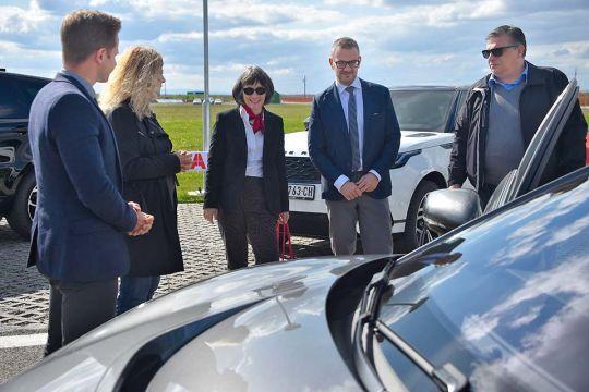 Predstavljen-novi-potpuno-električni-Jaguar-I-PACE-64