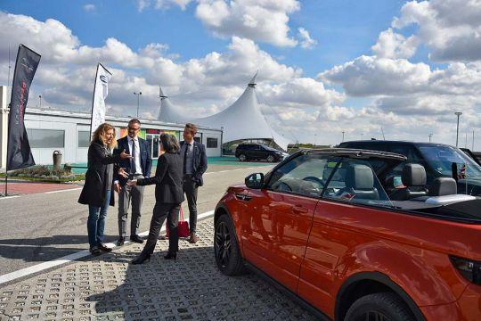 Predstavljen-novi-potpuno-električni-Jaguar-I-PACE-75