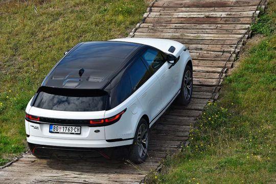 Predstavljen-novi-potpuno-električni-Jaguar-I-PACE-96